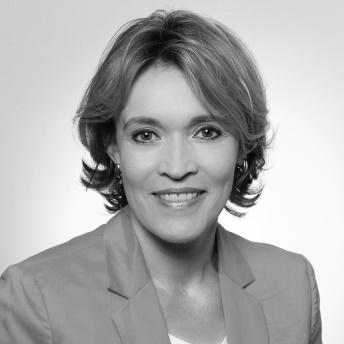 EBI-Testimonial-Angela-Peterelli.jpg